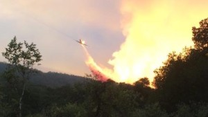 Air-tanker-on-Tassajara-fire